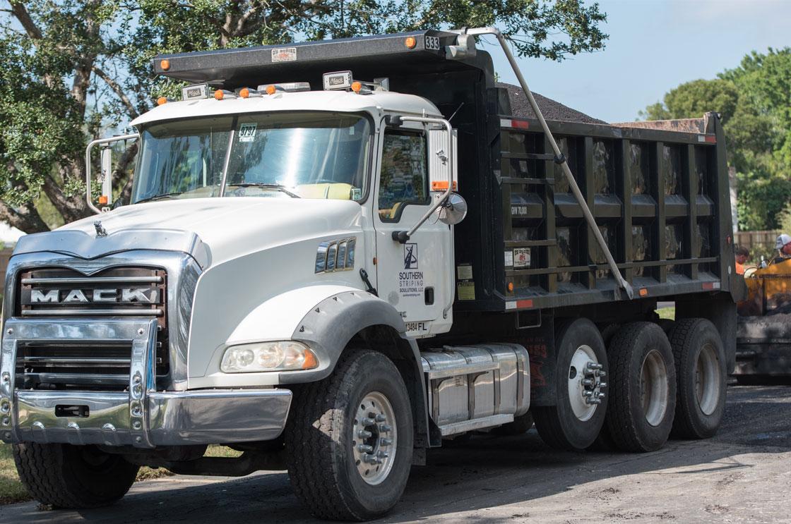 Asphalt Dump Truck